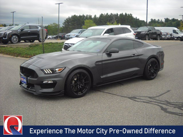 Pre-Owned 2016 Ford Mustang Shelby GT350R